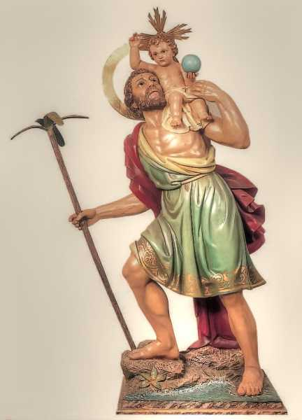 Saint-Christopher-Statue