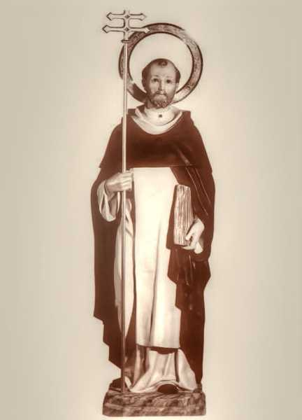Saint-Dominic-of-Guzman-Statue