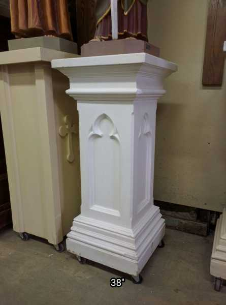 Used-Pedestal-for-Statues-28
